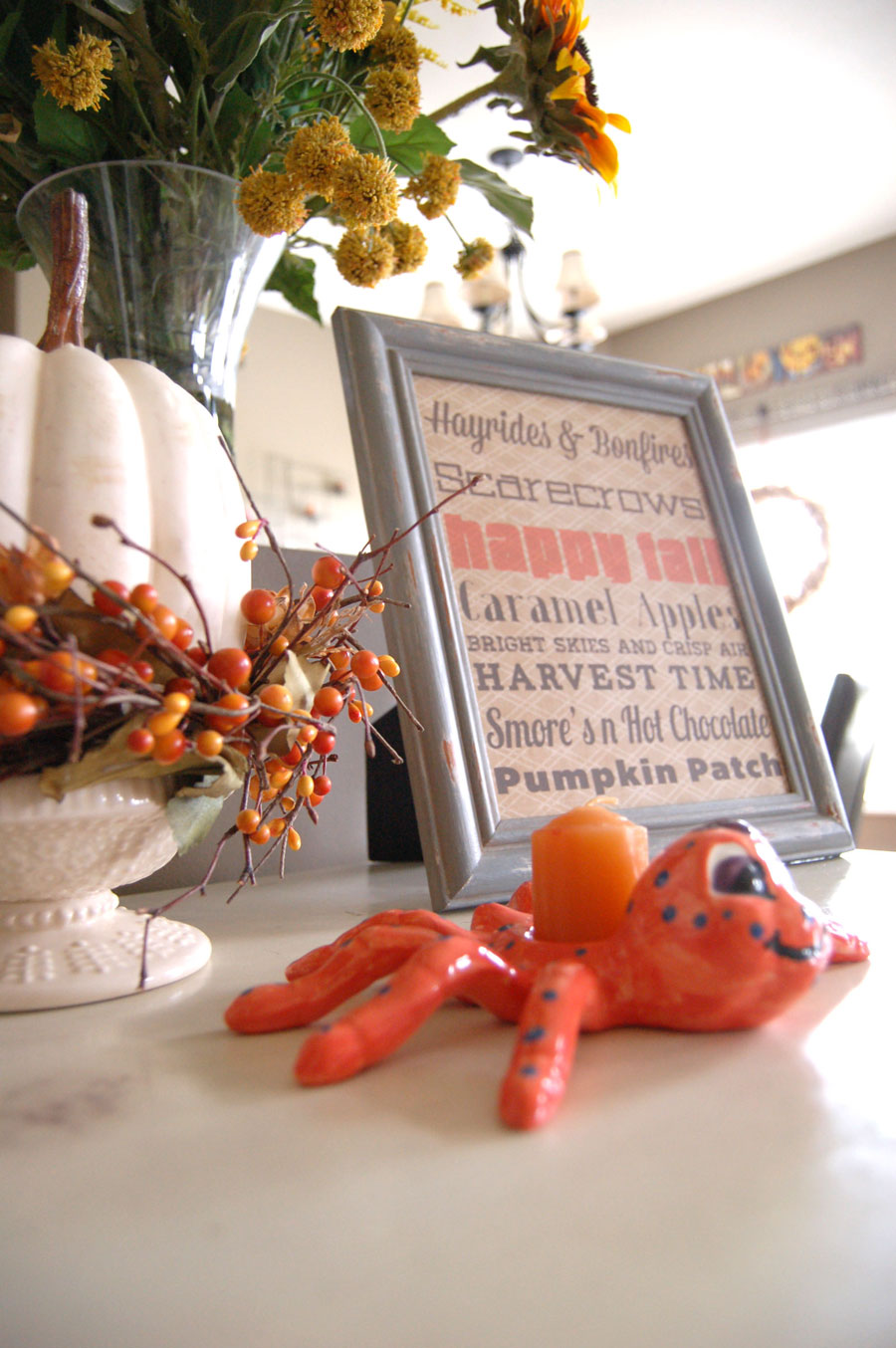 Fall decorating ideas craft blog for Fall decorating ideas with construction paper