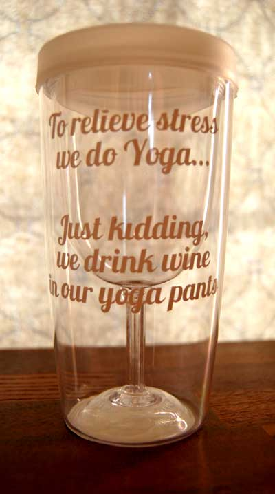 Wine Sippy Cup Sayings - these would be great gifts for neighbors, block parties, pool parties!! From TheDesigNest