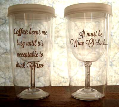 Wine Sippy Cup Sayings. These would be fun bridesmaid gifts, bachelorette party gifts, birthdays, Christmas! @TheDesigNest