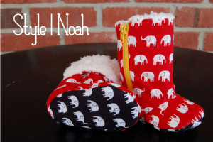 Elephant baby booties - so sweet! Perfect baby shower gift for boys.        thedesignest.com