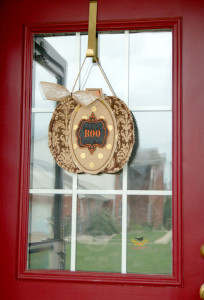 Burlap Door Hanger  made by TheDesignest #burlap #fall