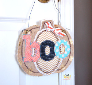 Cute idea for a #boo gift #doorhanger #pumpkin #burlap