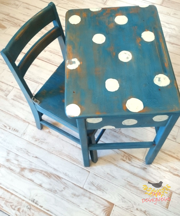This was an old school desk that looked like it had been used for decades - because it had! And now it will be used for even more decades to come as an adorable heirloom perfect for any kids playroom or homeschool desk. See the whole transformation on The Designest blog.