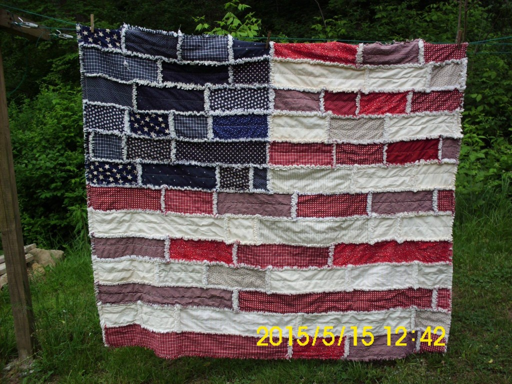 Perfect sewing project for summer! Make a rag quilt with red white & blue fabrics. Love!!